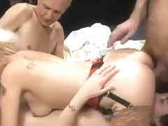 Hot MILFs Fucking in 4Some