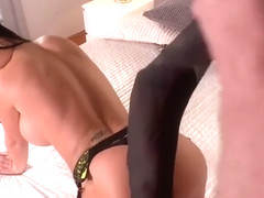 Jasmine Jae- Get that Job Done: Painter bangs busty brit´s Sexy toes