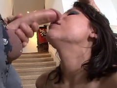 Gladiator gob job for horny Kenna Kane