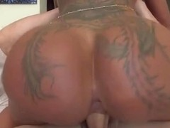 Slut With Big Booty Bella Bellz Rides Big Cock