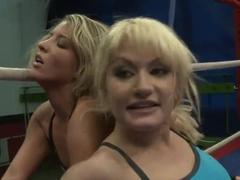 Babes Anita Hengher and Bianca Arden fight in arena