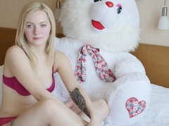 Most beautiful 18yo teen girl casting video, blowjob, anal sex and swallow.