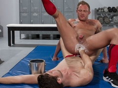 Preston Johnson & Brandon Moore in O.F.D. Obsessive Fisting Disorder 2 - ClubInfernoDungeon