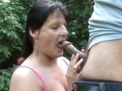 Intercourse Brunette Bitch Revel In And Provides Ho Blowjob