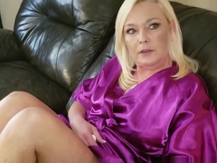 Ms Paris and Her Taboo Tales Mommy's Feet