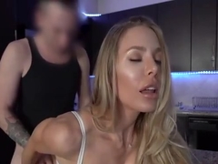 Super Hot Stepmom Loves Fucking Her Stepson While Dad Is Gone