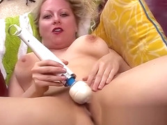 Sexy Zoey Tyler Loves To Tease Her Pussy