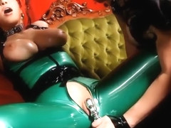 Gorgeous Goddesses RubberDoll Shae Fatale Fuck In Latex! R