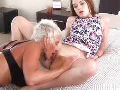 Mom Lexy Cougar girl on girl with Alex Mae