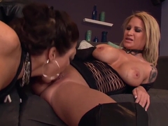 Lesbian MILF Daisy Monroe has Lynn Vega on her knees serving her needs