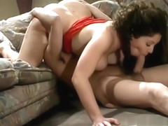 Kiki Daire has many weapons at her disposal