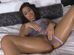 Loni Legend Her Smothered Pussy Made To Cum