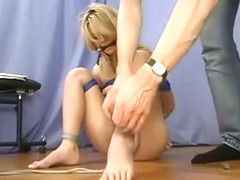 Noname Jane - Hogtied