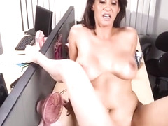 Isis Love Fuck Fondles And Finger Bangs Sierra Nicole