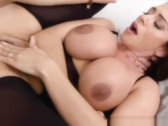 Pleasing His Busty Stepmom Ariella Ferrera