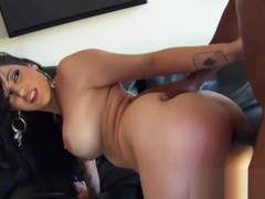 Daisy Cruz - This Chicks A Treat - Milfs Like It Black