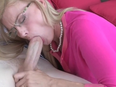 Lick mom's pussy