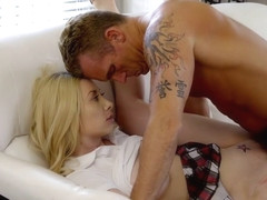 Experienced man licks crotch skinny blondes and Fucks her in the pussy...
