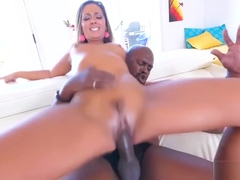 Jaye Summers wants this 11 inch BBC!