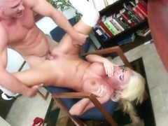 Pleasing busty Summer Brielle is sucking my cock