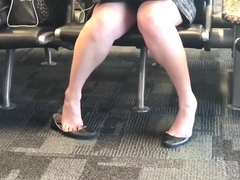 Double Dangling / Dipping in worn flats at Airport pt.3