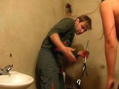 Cleaner punishes bimbo in pantyhose