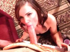 Lily Carter orders the BIG MEAT pizza