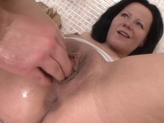 TuttiFrutti - Anal and fisting with Kitty