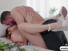 Brunette Adria Rae gets fucked in the bed