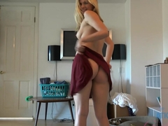 Amazing pornstar Scarlett Fever in Incredible Handjobs, Blonde adult scene