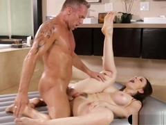 Big Tits Masseuse Chanel Preston Fucked By Hunk Client