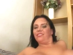 Whiteghetto cum on bushy milf porn video tube XXX