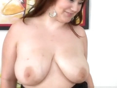 Massive tits on chubby babe Lexi Summers