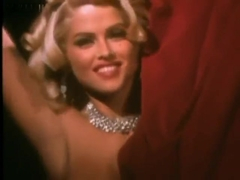 Anna Nicole Smith Comparison to Marilyn Monroe