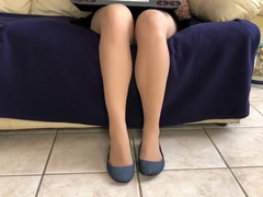 Dangling Simple Flats in Pantyhose