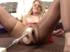 PantyhosePops Video: Missy Lynn is Back for Bigger Cock!