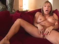 Ambrosial mature lady Luna Azul having a passionate masturbation