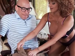 Brazzers - A Big Big Favor For A Nice Nice Neighbor - Joslyn James & Johnn