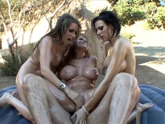 Courtney Cummz, Juels Ventura, Sophie Dee Sex
