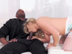 AJ Applegate The Booty Queen Group