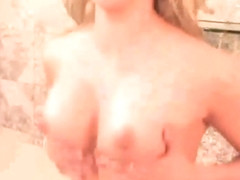 Marlie moore rides a sybian