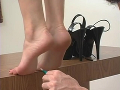 Viviana tickling feet soles toes on tiptoe part 2 (Viviana rare video)