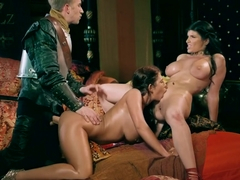 ayda swinger and romi rain queen of thrones part 3 a xxx parody