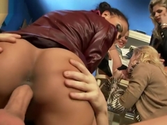 SinDrive-Frivolous Housewives Mouthfuls Of Piss