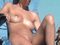 Sexy beach Milfs Voyeur video Spycam