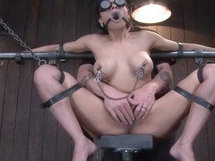 Classy Beretta James performing in BDSM action
