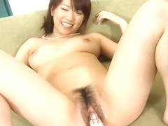 Yui Komiya Spreads Her Asian Pussy For A Vibrator Showdown