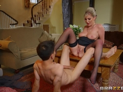 Georgie Lyall & Jordi El NiГ±o Polla in Pounding The Problem Son - BRAZZERS