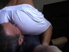 Curvy Assworship Babes Sucking Ass To Mouth