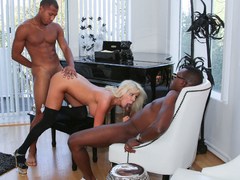 Savannah Stevens - DogFartNetwork